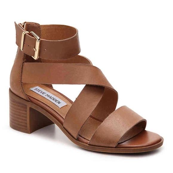 7337c87ca4c Steve Madden Raeleen sandals. M 5a8c9e778df470b4b6d3f925